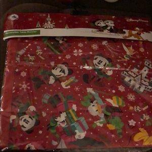 Reversible Disney Christmas table runner